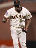 Texas Rangers v San Francisco Giants, Game 1: Santiago Casilla Photographic Print by Ezra Shaw