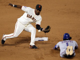 Texas Rangers v San Francisco Giants, Game 2: Elvis Andrus Photographic Print by Jed Jacobsohn