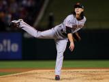 Texas Rangers v. San Francisco Giants, Game 5:  Starting pitcher Tim Lincecum Photographic Print by Doug Pensinger