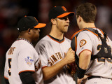 San Francisco Giants v Texas Rangers, Game 4: Madison Bumgarner,Buster Posey,Juan Uribe Photographic Print by  Elsa