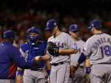 Texas Rangers v San Francisco Giants, Game 2: Darren O'Day, Ron Washington Photographic Print by Justin Sullivan