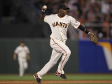 Texas Rangers v San Francisco Giants, Game 2: Edgar Renteria Photographic Print by Doug Pensinger