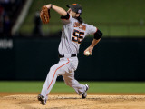 Texas Rangers v. San Francisco Giants, Game 5:  Starting pitcher Tim Lincecum Photographic Print by Doug Pensinger