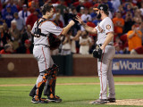 San Francisco Giants v Texas Rangers, Game 4: Buster Posey,Brian Wilson Photographic Print by Christian Petersen