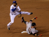 San Francisco Giants v Texas Rangers, Game 4: Elvis Andrus,Cody Ross Photographic Print by Stephen Dunn