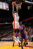 Phoenix Suns v Miami Heat: Udonis Haslem Photographic Print by Andrew Bernstein