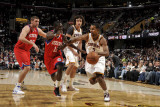 Philadelphia 76ers v Cleveland Cavaliers: Ramon Sessions and Jrue Holiday Photographic Print by David Liam Kyle