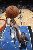 Memphis Grizzlies v Orlando Magic: Tony Allen and Dwight Howard Photographic Print by Fernando Medina