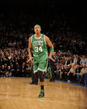 Boston Celtics v New York Knicks: Paul Pierce Photographic Print by Lou Capozzola