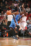 Oklahoma City Thunder v Chicago Bulls: Kevin Durant and Luol Deng Photographic Print by Joe Murphy