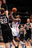 San Antonio Spurs v Los Angeles Clippers: Eric Bledsoe and Tiago Splitter Photographic Print by Noah Graham