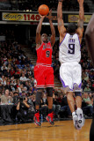 Chicago Bulls v Sacramento Kings: Luol Deng and Luther Head Photographic Print by Rocky Widner