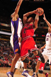 Chicago Bulls v Phoenix Suns: Derrick Rose Photographic Print by Barry Gossage