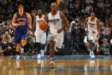 New York Knicks v Denver Nuggets: Chauncey Billups Photographic Print by Doug Pensinger