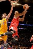 Chicago Bulls v Los Angeles Lakers: Derrick Rose and Pau Gasol Photographic Print by Noah Graham