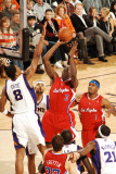 Los Angeles Clippers v Phoenix Suns: Al-Faroug Aminu and Channing Frye Photographic Print by Barry Gossage