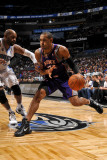 Phoenix Suns v Orlando Magic: Grant Hill and Vince Carter Photographic Print by Fernando Medina