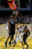 San Antonio Spurs v Golden State Warriors: Tim Duncan Photographic Print by Jed Jacobsohn