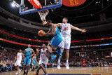 New Orleans Hornets v Philadelphia 76ers: Trevor Ariza and Spencer Hawes Photographic Print by David Dow