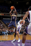 Indiana Pacers v Sacramento Kings: Darren Collison Photographic Print by Rocky Widner