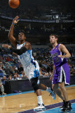 Sacramento Kings v New Orleans Hornets: Chris Paul and Beno Udrih Photographic Print by Layne Murdoch