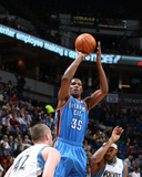 Oklahoma City Thunder v Minnesota Timberwolves: Kevin Durant, Corey Brewer and Kevin Love Photographic Print by David Sherman