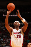 Washington Wizards v Miami Heat: Erick Dampier Photographic Print by Victor Baldizon