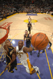 Indiana Pacers v Los Angeles Lakers: Lamar Odom Photographic Print by Andrew Bernstein