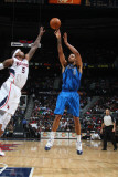 Dallas Mavericks v Atlanta Hawks: Josh Smith and Tyson Chandler Photographic Print by Scott Cunningham