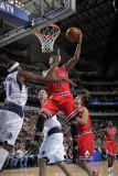 Chicago Bulls v Dallas Mavericks: Derrick Rose, Dirk Nowitzki and Jason Terry Photographic Print by Glenn James
