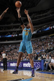 New Orleans Hornets v Dallas Mavericks: David West Photographic Print by Glenn James