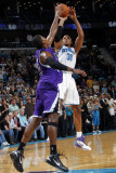 Sacramento Kings v New Orleans Hornets: David West and Jason Thompson Photographic Print by Layne Murdoch