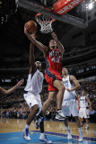 New Jersey Nets v Dallas Mavericks: Kris Humphries and Brendan Haywood Photographic Print by Danny Bollinger