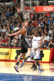 San Antonio Spurs v Los Angeles Clippers: Eric Bledsoe and Tiago Splitter Photographic Print by Andrew Bernstein