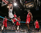 Los Angeles Clippers v Minnesota Timberwolves: Kevin Love Photo by David Sherman