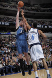 Minnesota Timberwolves v Dallas Mavericks: Kevin Love and Tyson Chandler Photographic Print by Glenn James