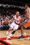 Phoenix Suns v Portland Trail Blazers: Channing Frye and Brandon Roy Photographic Print by Sam Forencich