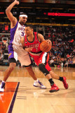 Portland Trail Blazers v Phoenix Suns: Brandon Roy and Jared Dudley Photographic Print by Barry Gossage
