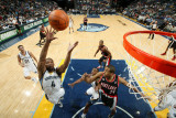 Portland Trail Blazers v Memphis Grizzlies: Sam Young and Andre Miller Photographic Print by Joe Murphy