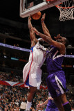 Sacramento Kings v Los Angeles Clippers: Baron Davis and Carl Landry Photographic Print by Noah Graham