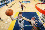 Portland Trail Blazers v Memphis Grizzlies: Marc Gasol and LaMarcus Aldridge Photographic Print by Joe Murphy