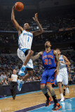 New York Knicks v New Orleans Hornets: Trevor Ariza and Wilson Chandler Photographic Print by Layne Murdoch
