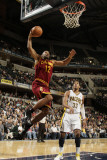 Cleveland Cavaliers v Indiana Pacers: Joey Graham and Danny Granger Photographic Print by Ron Hoskins