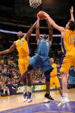 Washington Wizards v Los Angeles Lakers: Gilbert Arenas, Lamar Odom and Pau Gasol Photographic Print by Andrew Bernstein