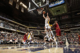 Cleveland Cavaliers v Indiana Pacers: Josh McRoberts Photographic Print by Ron Hoskins