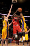 Chicago Bulls v Los Angeles Lakers: Luol Deng, Pau Gasol and Matt Barnes Photographic Print by Noah Graham