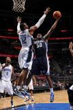 Memphis Grizzlies v Orlando Magic: Zach Randolph and Dwight Howard Photographic Print by Fernando Medina