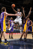 Los Angeles Lakers v New Jersey Nets: Terrence Williams and Ron Artest Photographic Print by Andrew Bernstein