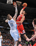 Chicago Bulls v Denver Nuggets: Joakim Noah and Chris Andersen Photographic Print by Garrett Ellwood