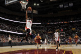 Miami Heat v Cleveland Cavaliers: Dwyane Wade, LeBron James and Anthony Parker Fotografisk tryk af David Liam Kyle